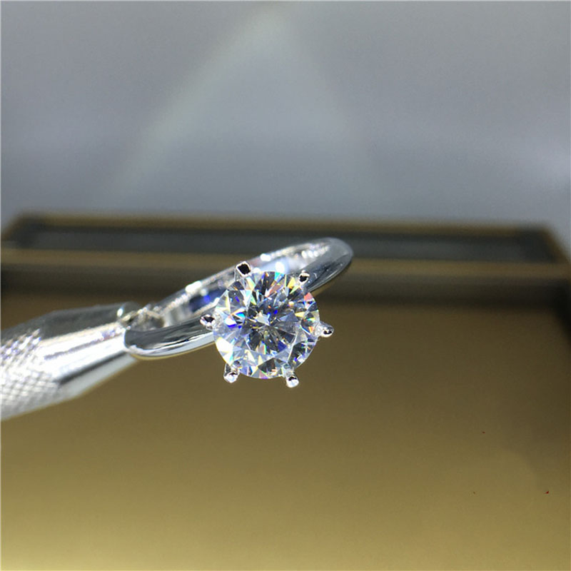 Boda 100% Moissanite diamante anillo genuino 18K 750 oro blanco D color VVS MO 0011-in Anillos from Joyería y accesorios    1