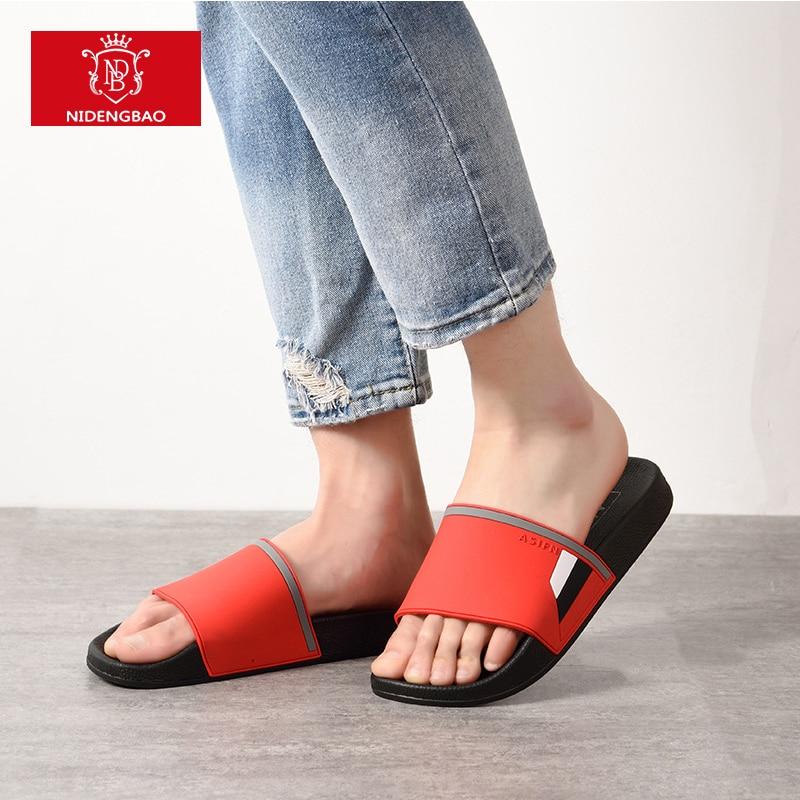 12ec36ec1a499 2018 Men Slippers Summer Fashion Soft Bottom Leisure Trend Home Cool  Slippers Comfortable Simple Men Beach
