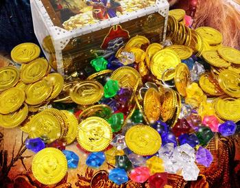 Pirate Toys Gold Coins and Pirate Gems Treasure for Pirate Party Plastic Coins Acrylic Faux Diamond kids gifts