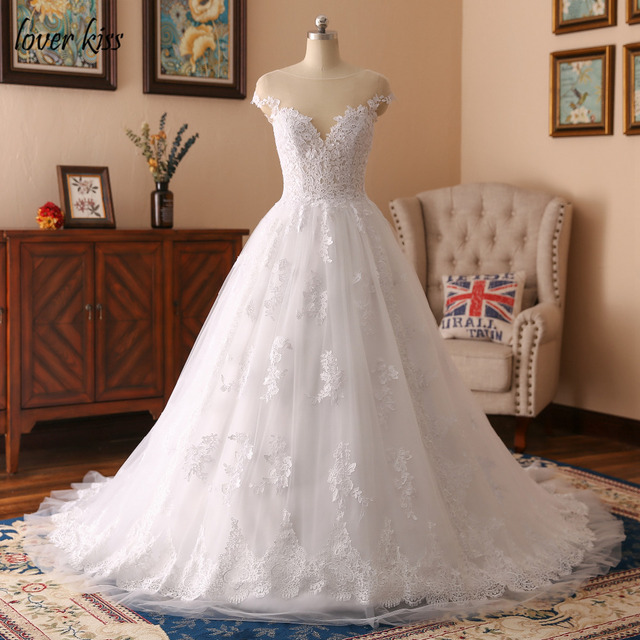 Lover Kiss Vestido De Noiva 2018 Destination Wedding Dresses Cap Sleeves Liques Lace Bride Dress