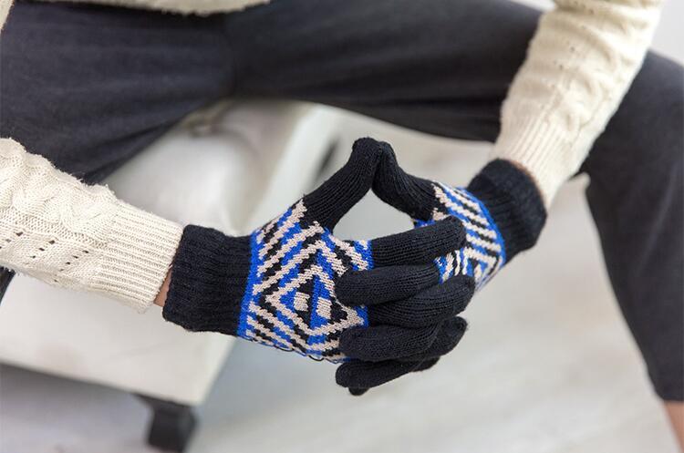 Uomini di modo del Polso della Mano 2017 Ha Lavorato A Maglia Guanti Dito di Lavoro A Maglia Guanti di Inverno di Autunno Più Caldo s1