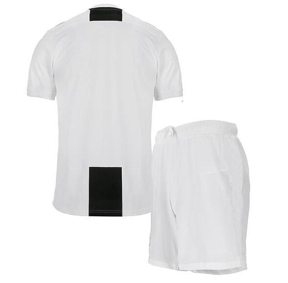best service a445f 1f5a2 US $17.98 |New 2019 RONALDO JUVENTUS adult kits Soccer Jersey 18 19 JUVE  2018 DYBALA HIGUAIN BUFFON Camisetas Futbol Camisas Maillot Footba-in ...