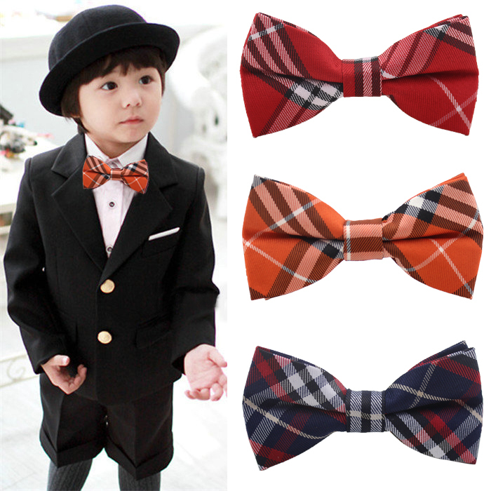 Many ties for younger children are pre-tied for ease of wear, but there are also traditional ones that allow you to teach your little one how to tie a bow tie. Designs of boys' bow ties While most bow ties offer similar structures and silhouettes, they can still look both formal and fun with colors and patterns.