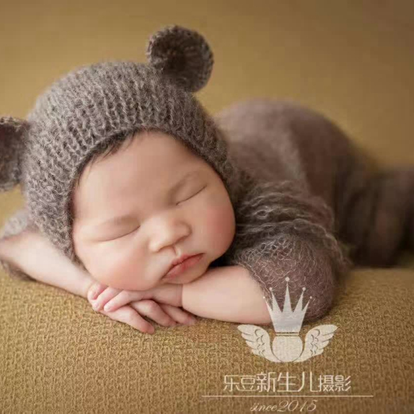 Knitted Baby Hat and Romper Set Photography Props Lovely Baby Outfit Animal  Pattern Newborn Bear Bonnet Footed Jumpsuit Props -in Clothing Sets from  Mother ... 3a11fa36f660