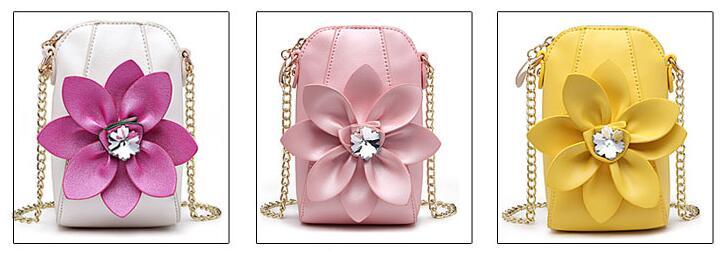 بيع على حقائب اليد على الانترنت