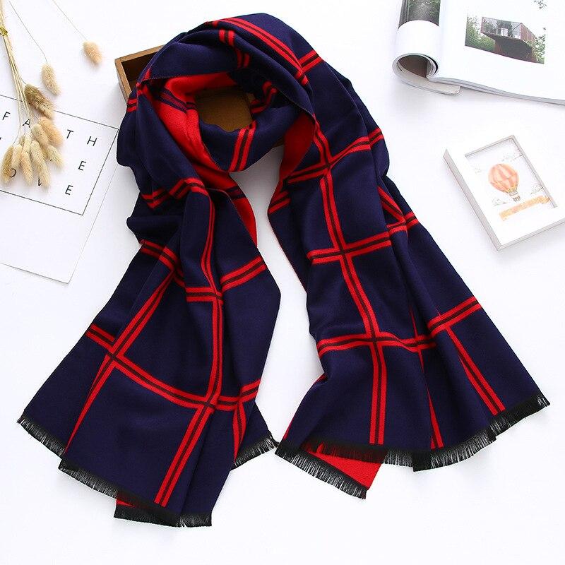 Last femme shawls scarves