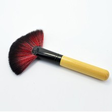 Hot 1PC Pro Makeups Brushes Long & Short Fan Blush Face Powder Foundation Cosmetic Makeup Brush Tool Gift