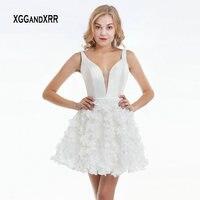 Elegant White Short Homecoming Dress 2019 Sexy V Neck Backless Flower Skirt Mini Prom Dress High School Date Graduation Dress