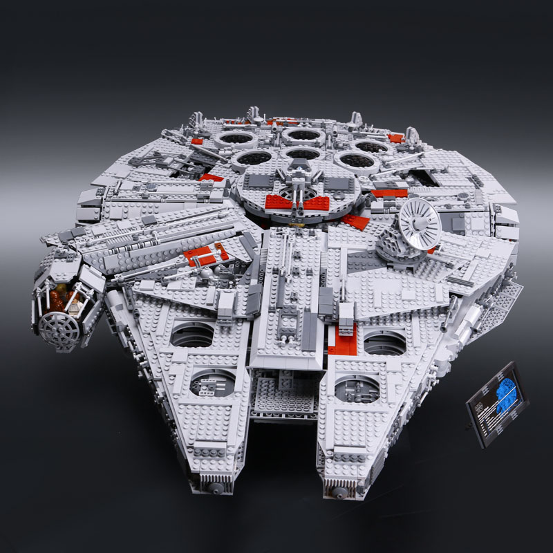 05033 Star Series War 5265Pcs Ultimate Collector s Star Destroyer Starship Building Blocks Bricks Compatible with