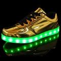 Zapatos para adultos 2017 caliente de la manera respirable ocasional led led luminoso zapatos mujeres zapatos llevó