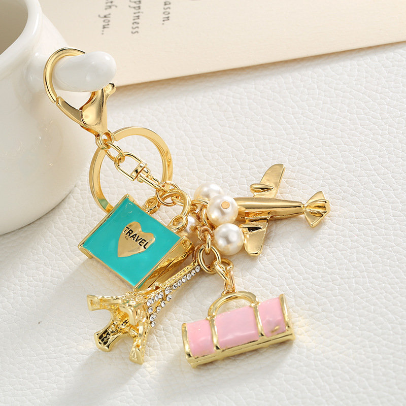 2018 Crystal Tower airplane Pearl Bag Keychains Car keyrings Women's bag accessories keychain Rhinestone Keys endant Jewelry image