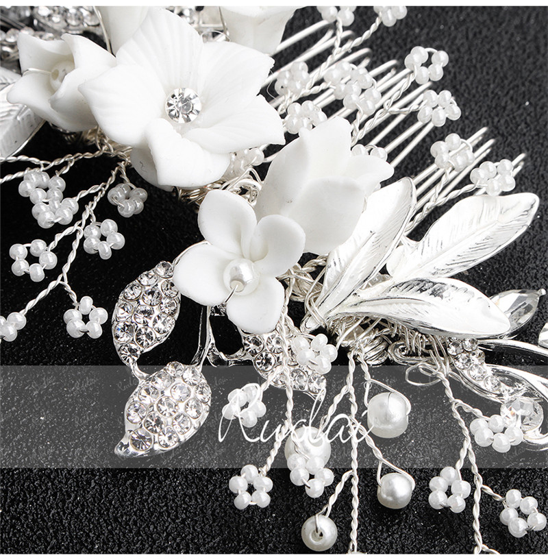 Купить с кэшбэком Ruolai High Quality Silver Crystal Wedding Hair Comb Flower Headpiece Wedding Jewelry Beaded Headwear Wedding Accessories HD17
