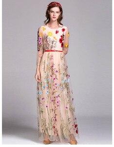 Image 4 - Nouveauté de luxe printemps femmes col rond manches longues broderie couches fleur Maxi robes de piste en 3 couleurs