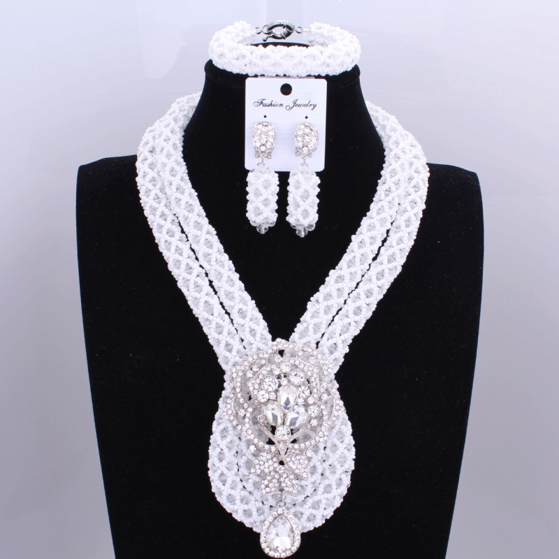 Statement African Beads Jewelry Set For Women Nigerian Wedding Necklace Set of Jewelry 2017 Dubai White 3Pics Bridal Jewelry SetStatement African Beads Jewelry Set For Women Nigerian Wedding Necklace Set of Jewelry 2017 Dubai White 3Pics Bridal Jewelry Set