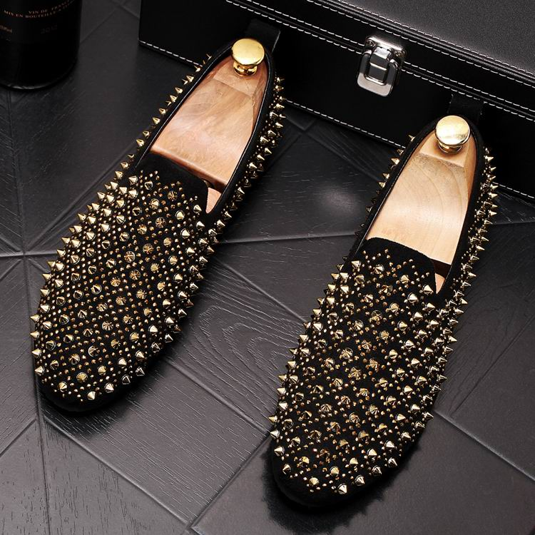 ERRFC New Arrival Men Gold Causal Comfort Loafer Shoes Fashion Rivets Man Boat Shoes British Trending Breathable Slip On Flats 1