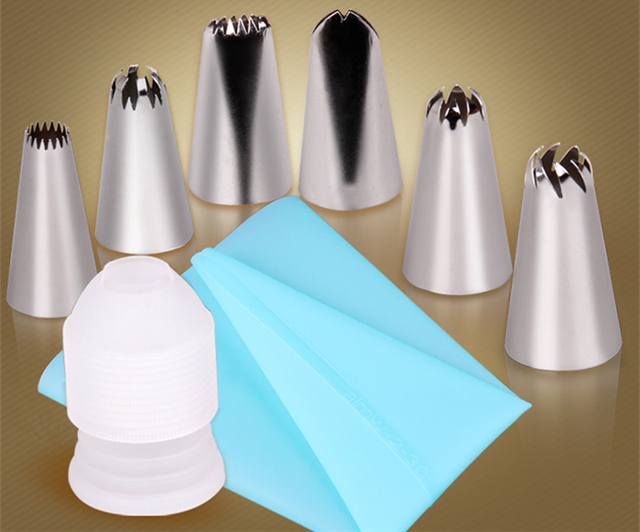 Icing Piping Cream Pastry Bag + 6 Stainless Steel Nozzle Set
