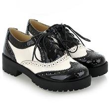 2016 New Vintage Britannique Noir Et Blanc Couture Dentelle-Up Ronde Chaussures plates Grande Taille 34-43 Mètres Oxford Chaussures Pour Femmes Batai
