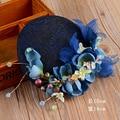 Vogue Fashion Mujeres Del Banquete de Boda de Encaje Perla Azul Fascinator Novia Velo Flor Sinamay Del Sombrero de Copa Del Pelo Accesorios para el Cabello Joyas