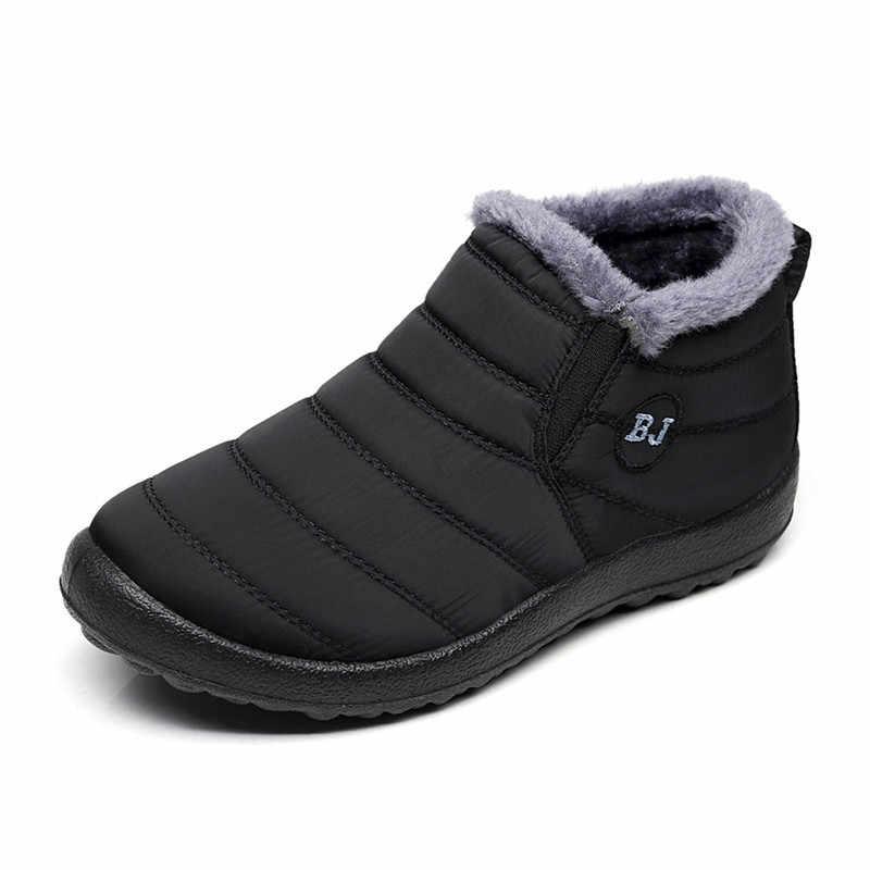 Kış kar botları rahat peluş sıcak yarım çizmeler kadın su geçirmez platformu düz kadın ayakkabı üzerinde kayma kadın ayakkabıları artı boyutu