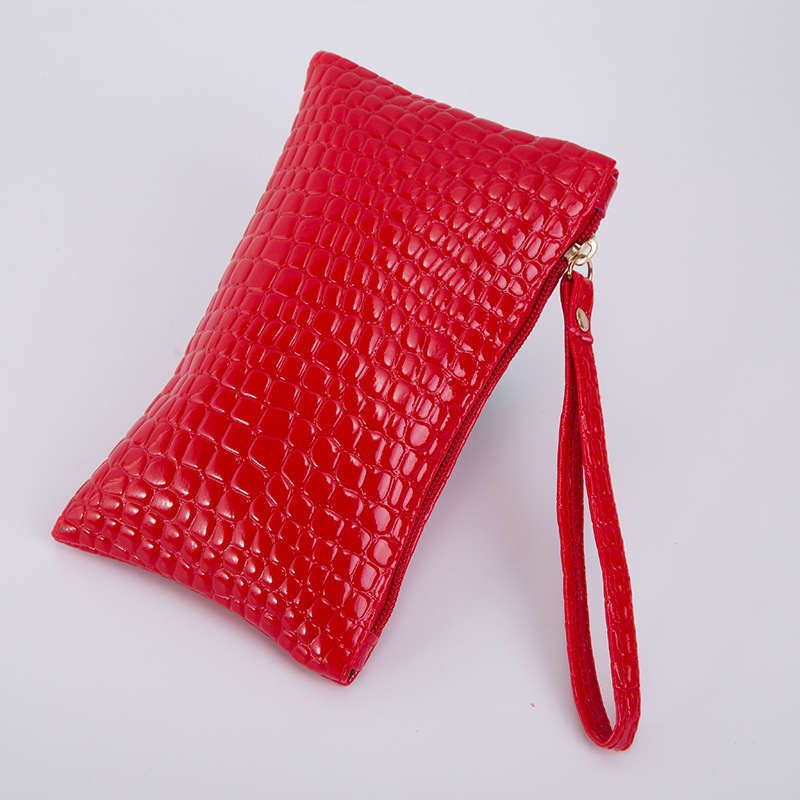 2017 Crocodile Pattern Women Wristlet Wallet Bag Fashion Black Red PU Leather Coin Zipper Card Holder Short Small Purse for Gift industrial display lcd screennew original lcd screen kg057qv1ca g00 kg057qv1ca g000