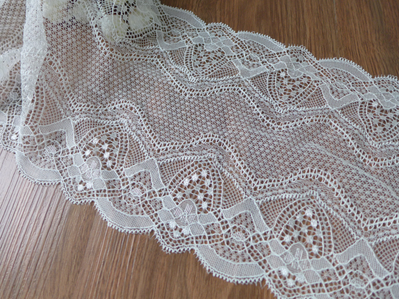 6.9 Width Scallop Springy Lace Trim, Elastic Lace Fabric Trim In Off White, Stretch Lace ...