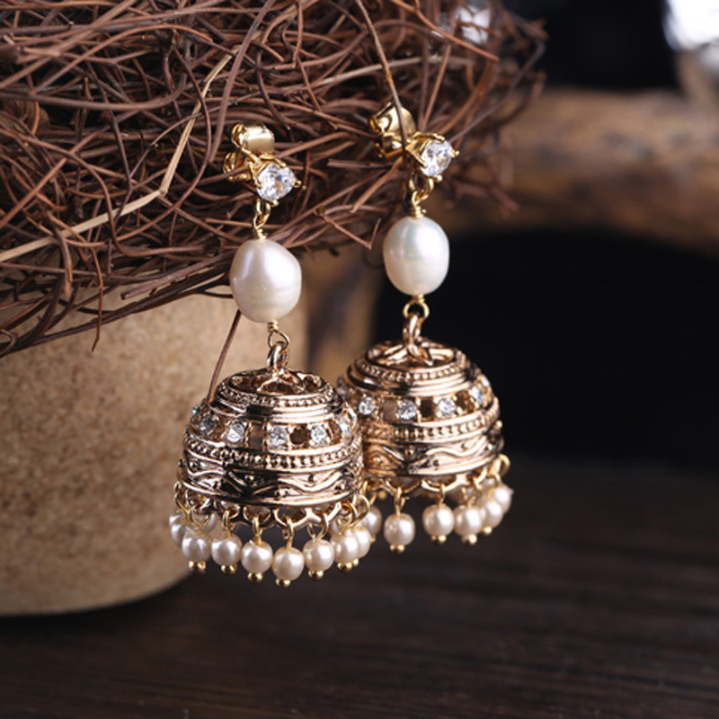 pearl bell small tassel long earrings high-grade female Freshwater Pearl Earrings pearl beading exaggerate bell sleeve ribbed tee