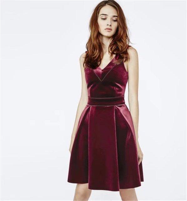 543067e791a2 Women s V-neck A-line Pleated Wine Red Dress Lady Spaghetti Strap Velvet  Dress