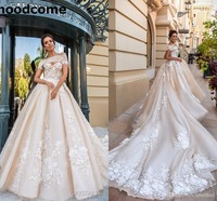 2018 Gorgeous Designer Wedding Dresses 3D Floral Applique Cathedral Train Lace Up Back Luxury Bridal Gowns