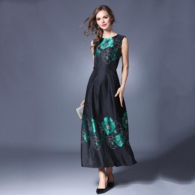 c1e30b5b1 Maxi Vestidos das Mulheres negras do Vintage Grande Pêndulo Vestido Longo  Floral Bordado O-pescoço