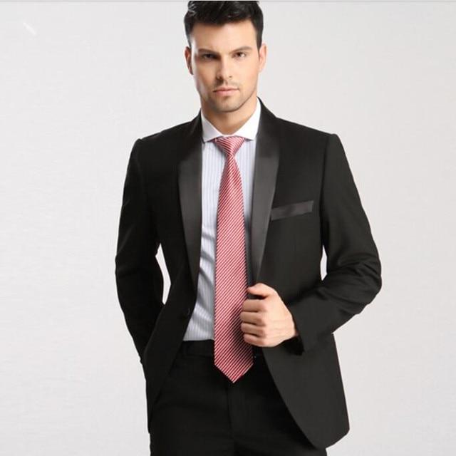 8fb932f01dc3 Su misura abiti da uomo semplice ed elegante di affari vestiti casuali  bianco scialle risvolto sposo ...
