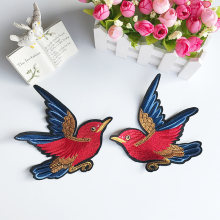 2 pcs/lot Terbang Burung Merah Patch Bordir Besi Di Patch Untuk Pakaian dress DIY Aksesori(China)