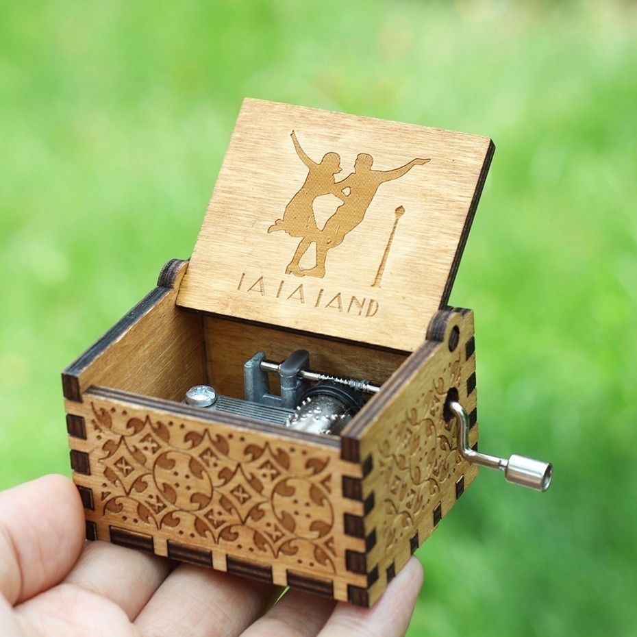 18 Style La la land Music Box Hand Crank Game Of Thrones Harry Potter Star Wars Theme Music A Birthday Present A Christmas Gift