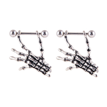2 Pcs Skeleton Hand Shape Piercing Nipple Ring Woman Sexy Body Jewelry Girls a pair of puncture sputum Fashion rings