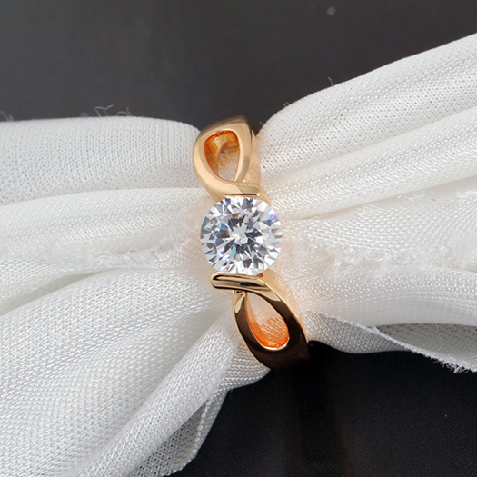 2014 Hot Sale New Fashion Round CZ Design Classic Anniversary Ring for women Wholesale E-shine Jewelry