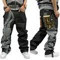 Nueva Llegada de Los Hombres de Hiphop Cremallera Fly Suelta Mediados de Suavizante de Peso Medio Recto Encuadre de cuerpo entero de Impresión Bordado Jeans Tamaño 42 44