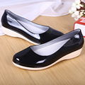Cor pura sapatos de água ao ar livre para as mulheres 36-40 plus size 2016 novos mais cores à prova d' água fêmea venda quente rainning único sapatos