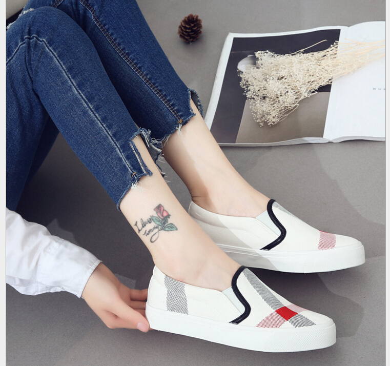 2017 Spring fashion font b women b font Shoes Printed canvas shoes flat heel shoes font