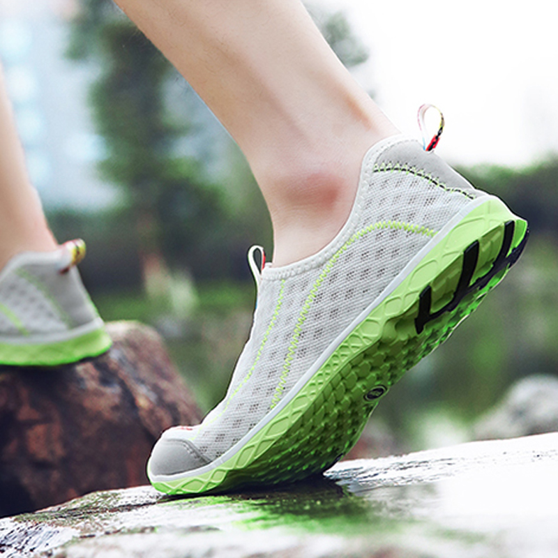 new sneakers men and women Water Sports Shoes quick drying  sneakers Lightweight breathable surfing shoes beach activities shoes 4