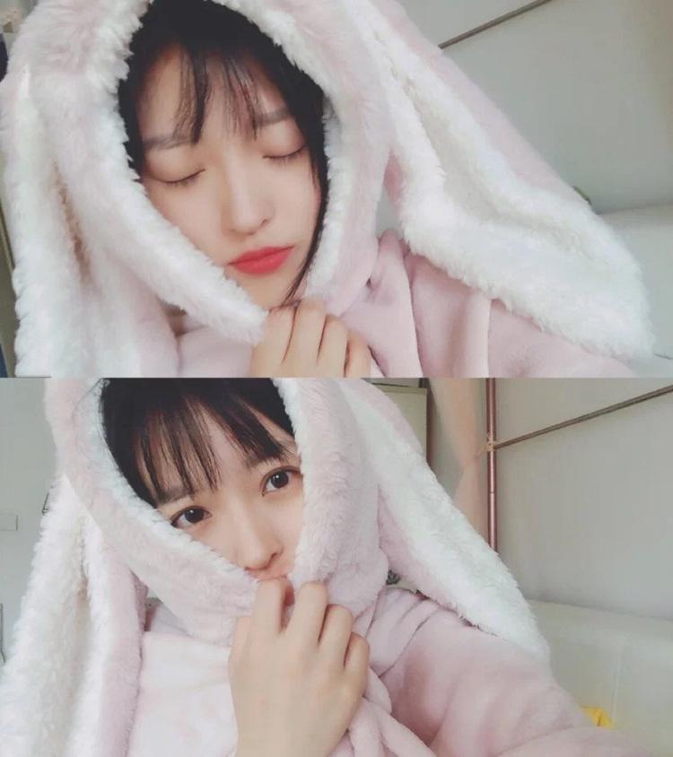 Cute Pink Comfy Blanket Sweatshirt Winter Warm Adults and Children Rabbit Ear Hooded Fleece Blanket Sleepwear Huge Bed Blankets 98