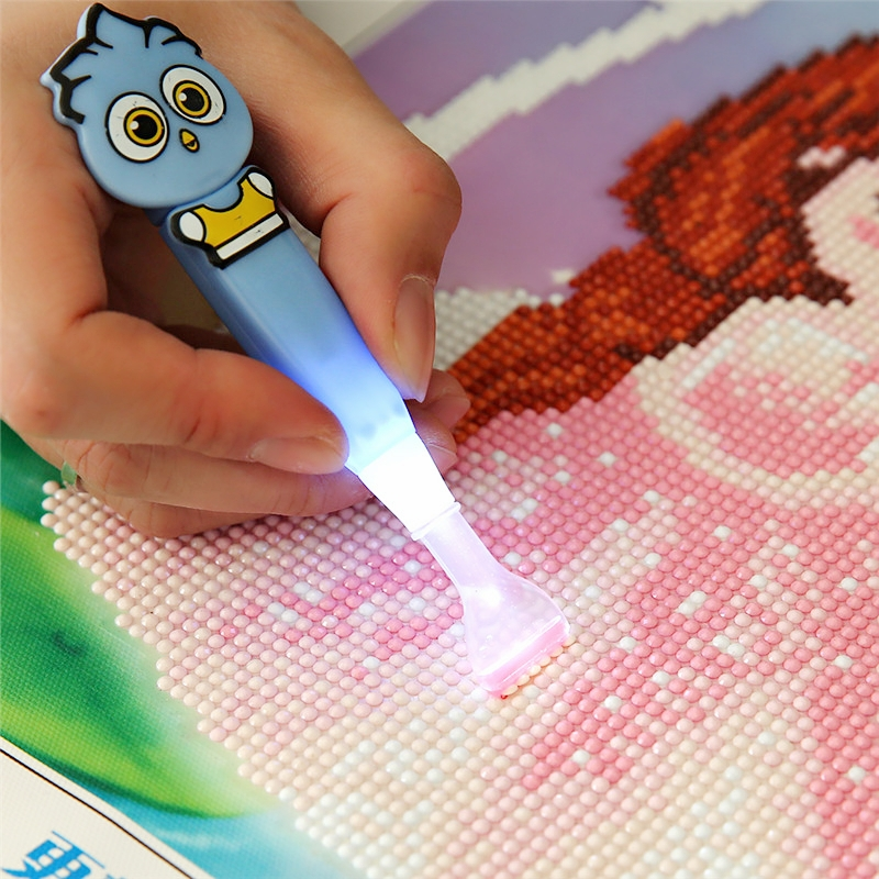 New Cute Diamond Painting Drill Led Pen With Light Cross Stitch