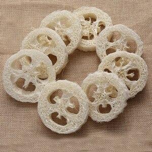 Image 2 - 100 Uds por encima de 6cm wide1.25 1,4 cm de espesor Natural Loofah Luffa Loofa Slice shand hecho DIY jabón herramientas de almacenamiento de jabón facial