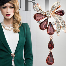 2016 fashion  ladies brooches Crystal Waterdrop Bow-knot Brooches for women wedding and party jewelry brooch pins