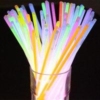 100 PCS Glow Sticks Bracelets Colliers Fluorescent même Noce Concert De Noël décoration Fournitures Lumière de Nuit Bâton