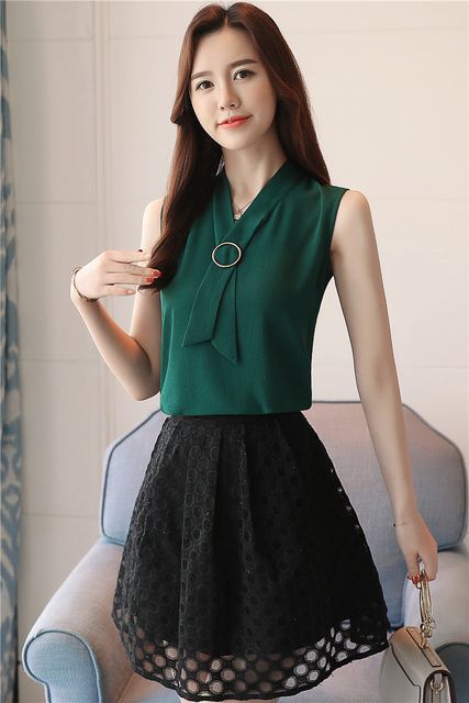 New 2018 Summer Sleeveless Elegant Chiffon Women Blouses Solid Casual Fashion Top Vest Simple Soft Female Clothing Shirt 0234 40