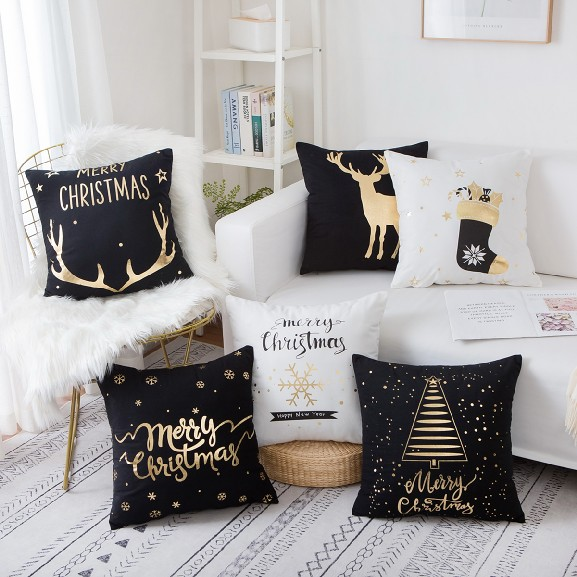 Christmas Decoration Gold Foil Pillows Snowflake Christmas Gift Velvet Pillowcase Cushions Home Decor Sofa Throw Pillow