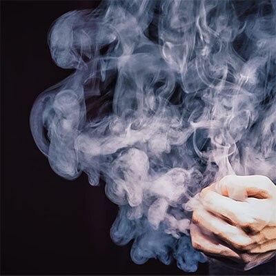 Système de fumée eGo Mini dispositif de fumée télécommandé, Charge, magie gros plan tour de magie/émission de télévision/produit magique professionnel