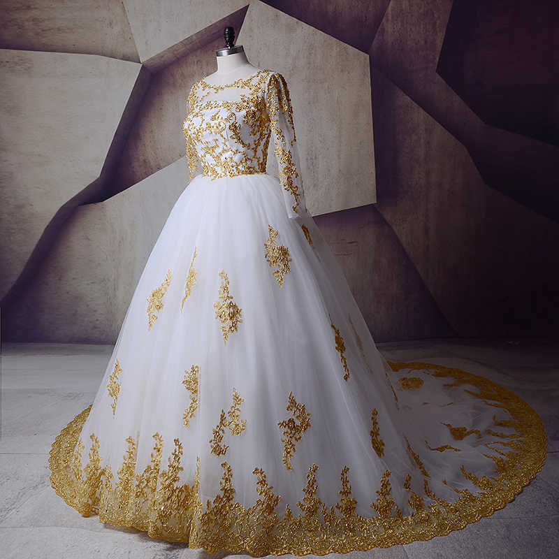 Luxury African Wedding Dresses White And Gold Long Sleeve Muslim Ball Gown Crystals Beaded Lace Bridal Dresses 2019 Chapel Train