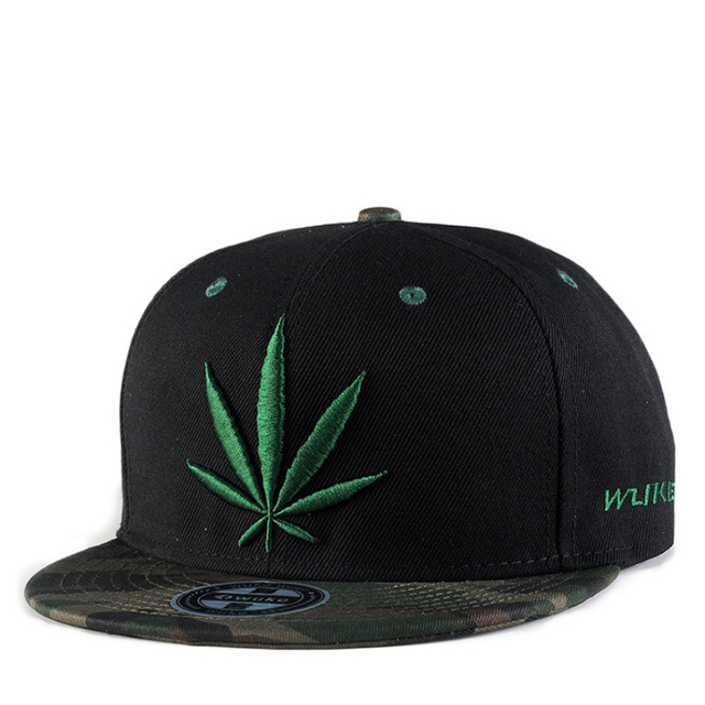 WuKe 2018 Classic Green Hemp Embroidery Baseball Cap Street Art Fashion Cool  Caps Men Women s Freedom Golf Rugby Caps Hats Adult e0c2ec5a4e8