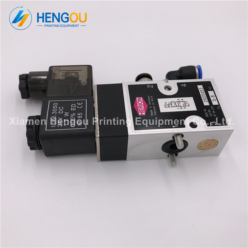 2 Pieces SM52 SM74 printing machinery parts SM102 CD102 machine 1.7W valve 61.184.1051 98.184.1051 Compatible 24v DC valve