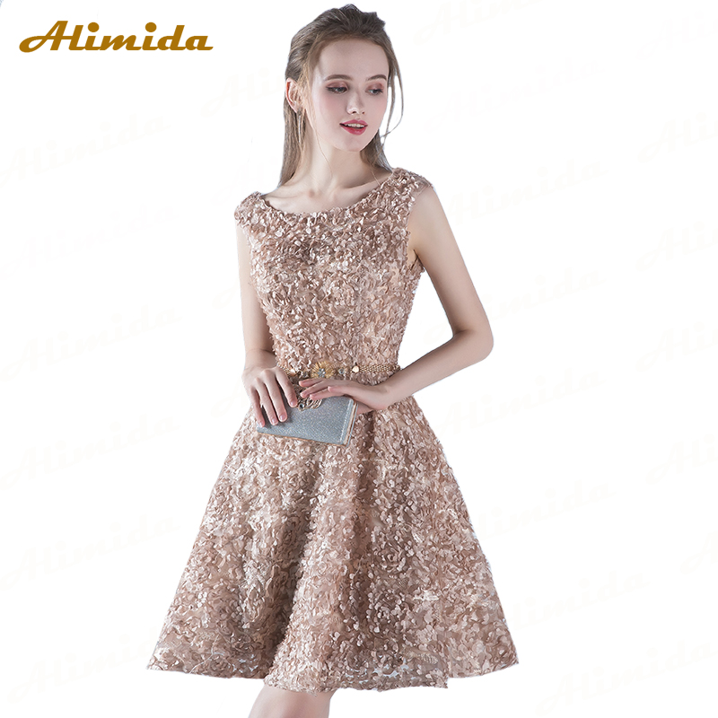 Short Evening Dress 2018 Sexy Backless Banquet Red Carpet Prom Dresses Soft Material Lace Junior Party Dress Robe De Soiree